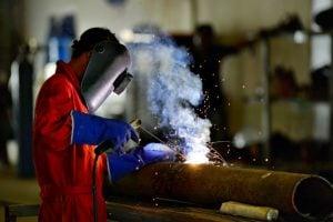 1503 - Treinamento para empregados expostos a manganês sobre o uso de máscaras autônomas para casos especiais