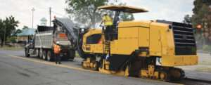 manutenção fresadora de asfalto