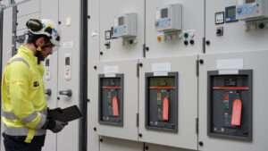 Curso de Aprimoramento sobre a Aplicação da Norma pra Instrutor NR-10 SEP - Sistemas Elétricos de Potências e suas Proximidades