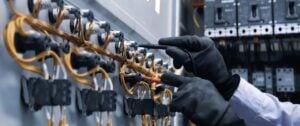 1001 – Treinamento de Instalações Elétricas Energizadas