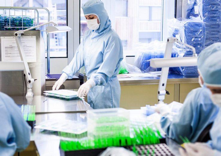 Inspeção de Avaliação Microbiológica Sala Limpa